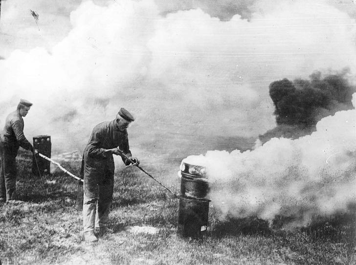 Фото №2 - «Здесь плохо пахнет…»: где и когда человечество применяло химическое оружие