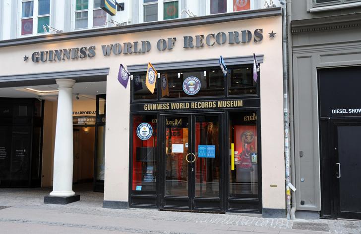 Фото №2 - Откуда взялась Книга рекордов Гиннесса?