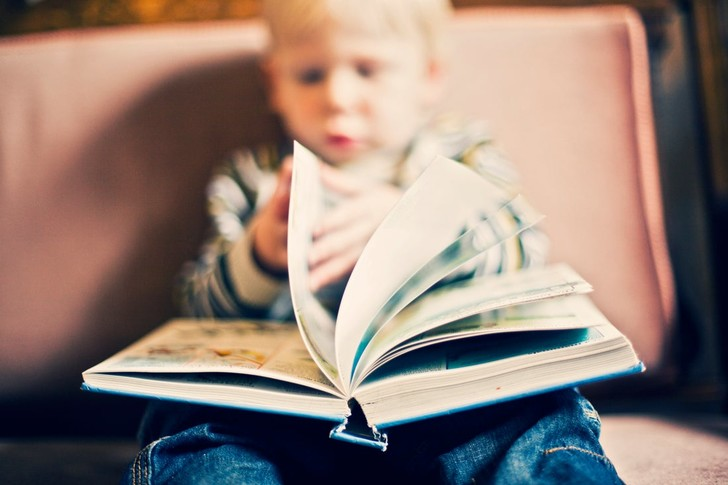 какие книги читать ребенку