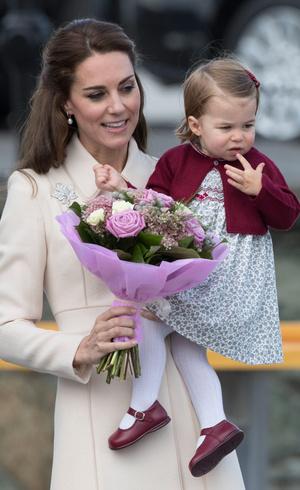 Фото №19 - Гардероб на миллион: самые дорогие наряды герцогини Кейт