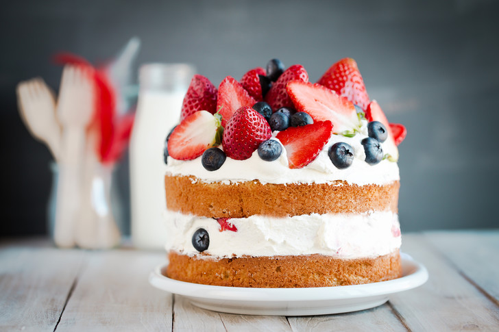 Фото №3 - Торт в микроволновке: 3 десерта за 5 минут