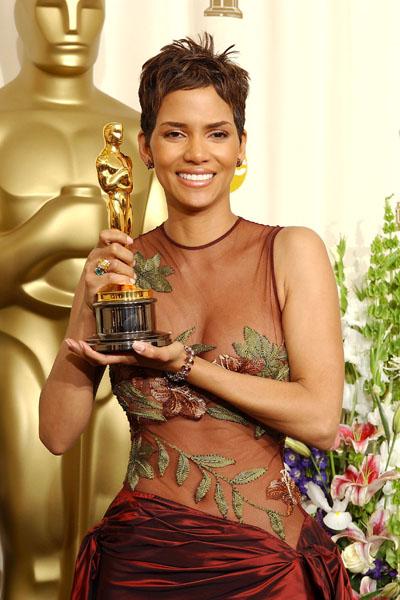 Фото №7 - Женские рекорды «Оскара»: победы, скандалы и конфузы звезд