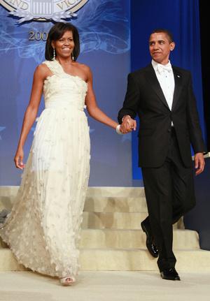 Фото №21 - Королевы Белого дома: самые роскошные инаугурационные платья Первых леди