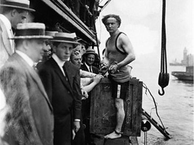 Фото №8 - Следите за руками: 5 знаменитых трюков Гарри Гудини, секрет которых удалось раскрыть