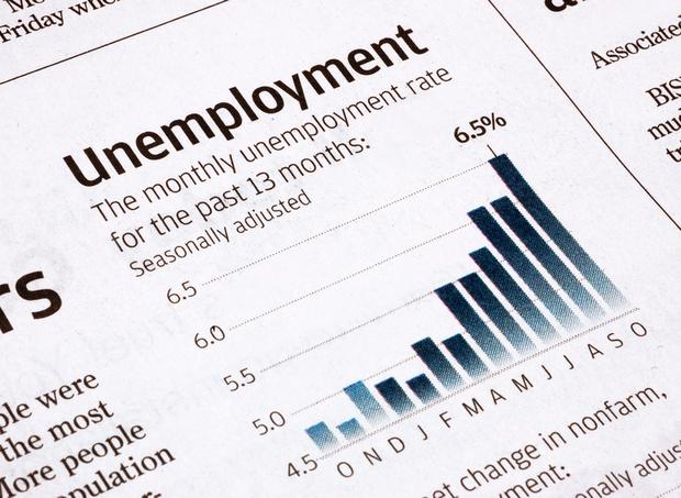Фото №1 - Рост безработицы в ноябре