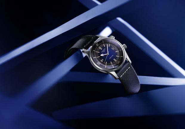 Фото №8 - На земле и под водой: новые версии легендарных часов Longines Legend Diver