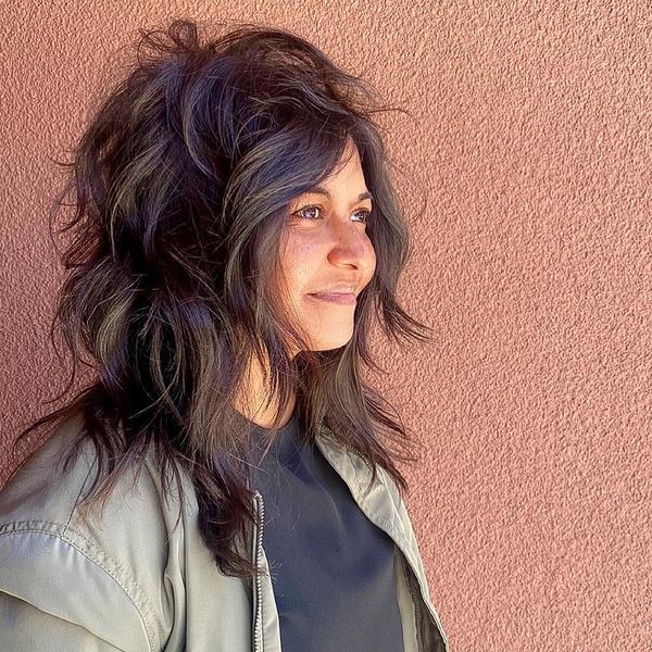Фото №3 - Стрижка каскад: 10 модных вариантов на средние и длинные волосы