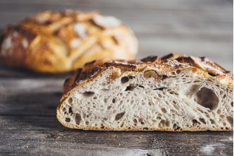 Фото №4 - Где купить свежий и вкусный хлеб в Москве? Отправляйтесь в новое кафе Valiko на Патриарших