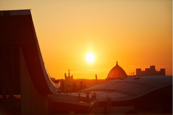 Фото №2 - На крыше павильона «Рабочий и колхозница» заработала смотровая площадка