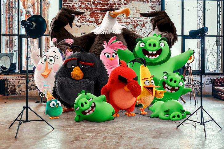 Фото №1 - Впервые в Москве: Angry Birds спасают Новый год!