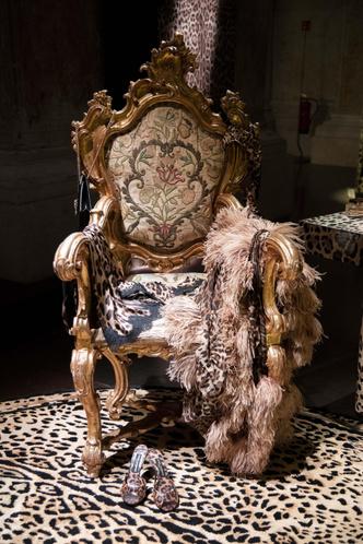 Фото №7 - Премьера первой коллекции Dolce & Gabbana Casa в Венеции