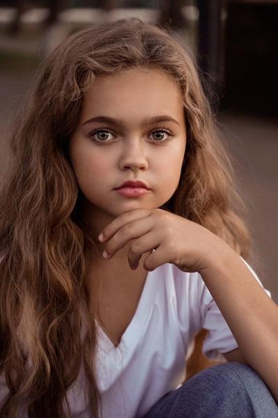 Фото №1 - Названа новая самая красивая девочка России: как она выглядит