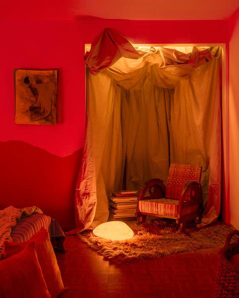 Фото №8 - Настенная роспись и авторская мебель в доме художника в Калифорнии