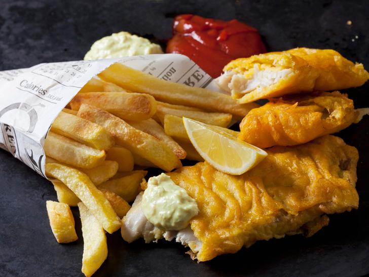 Фото №1 - Фиш-энд-чипс: история культового британского блюда и классический рецепт