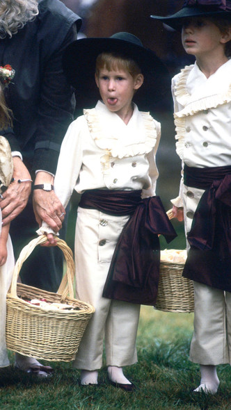 Фото №11 - Самые важные гости: маленькие Виндзоры на королевских свадьбах