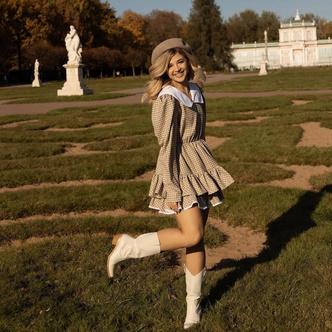 Фото №2 - На учебу или на свидание: Аня Покров показала самый женственный осенний образ 😍