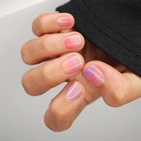 Фото №8 - Маникюр для коротких ногтей: 15 модных идей