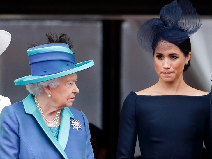 Фото №1 - Неожиданная причина, почему Королева все еще не лишила Меган титула