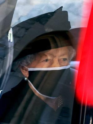 Фото №3 - С любовью, Лилибет: трогательная прощальная записка Королевы принцу Филиппу
