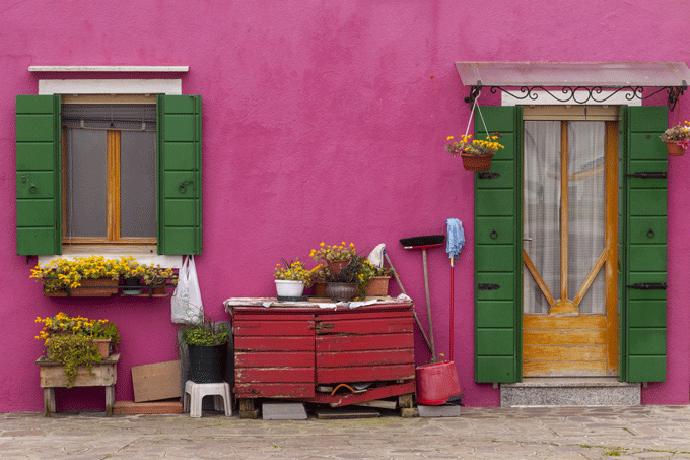 Разноцветный домик в Италии