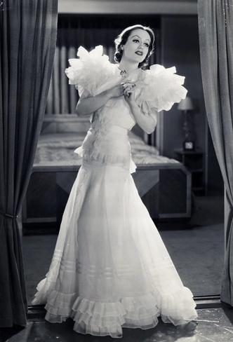 Фото №5 - Сокровища мира кино: кто создавал культовые украшения голливудских актрис