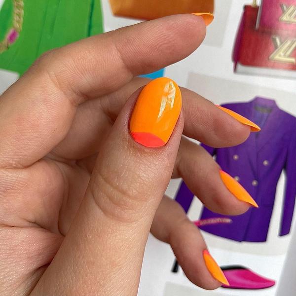 Фото №7 - Яркий маникюр: 12 летних идей для коротких ногтей