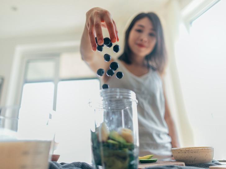 Фото №5 - Время детокса: 5 признаков того, что вам нужно почистить свой организм