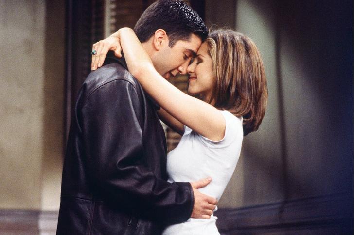 Фото №1 - Рэйчел и Росс: Дженнифер Энистон и Дэвид Швиммер признались, что были без памяти влюблены друг в друга