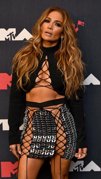 Фото №25 - Премия MTV VMA 2021: лучшие, худшие и самые яркие образы церемонии