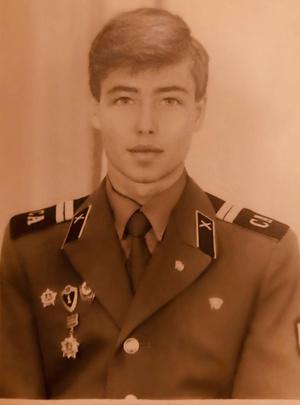 Сергей Зверев фото в молодости