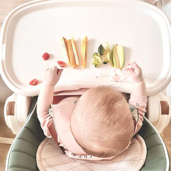 Фото №1 - «Ешь сам!»: почему мамы отказываются от детских пюре в пользу самоприкорма