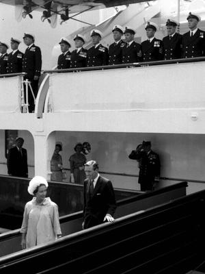 Фото №8 - Плавучий дворец Елизаветы: как выглядела любимая яхта Королевы (и как она проводила там время)