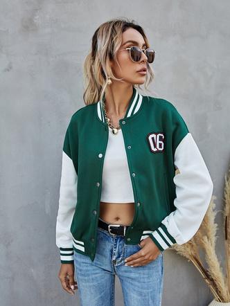 Фото №9 - Тренды 2021: какие куртки-бомберы сейчас в моде и какую лучше выбрать