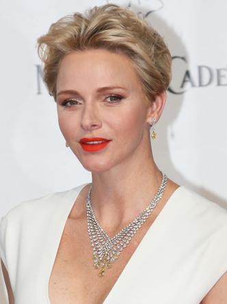 Фото №11 - Бриллианты Монако: самые роскошные украшения княгини Шарлен