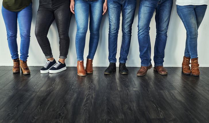 Фото №2 - Директор Levi's признался, что 10 лет не стирает свои джинсы