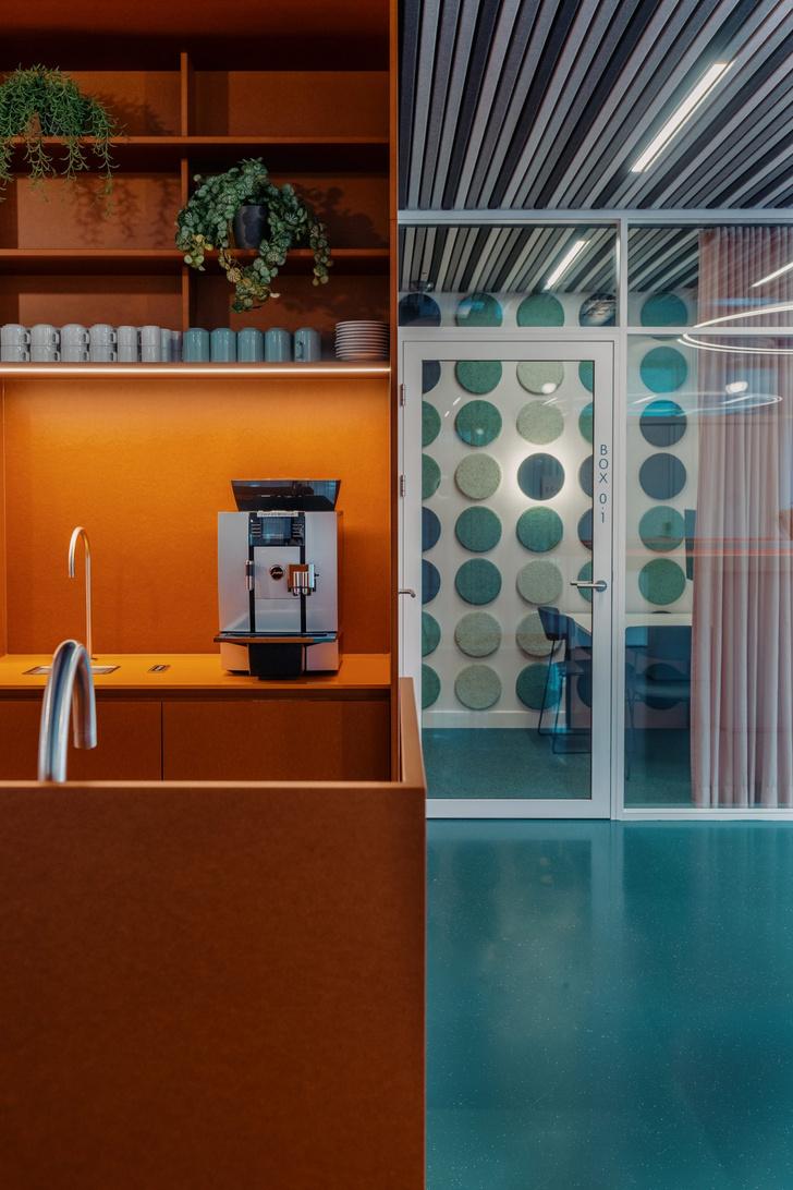 Фото №4 - Офис в стиле 1960-х годов в Бельгии