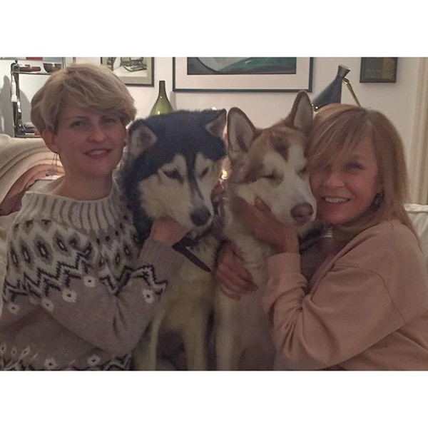 Фото №31 - Домашние животные звезд: собаки, кошки, лемуры, свиньи и даже улитки!