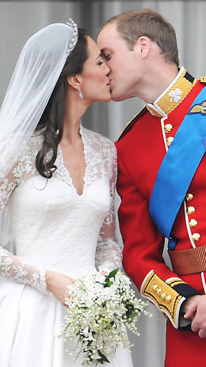 Фото №2 - Важная деталь, без которой не обходится ни одна королевская свадьба