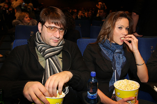 Фото №1 - Логинов развелся с третьей женой, но снова хочет к алтарю