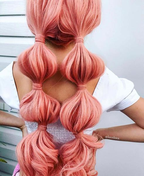Фото №2 - Прически с косами: 8 стильных вариантов на лето