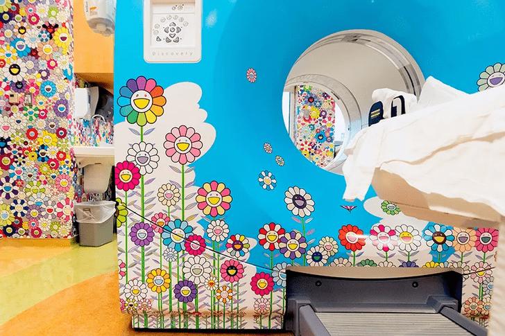 Фото №5 - Такаси Мураками украсил рисунками детскую больницу