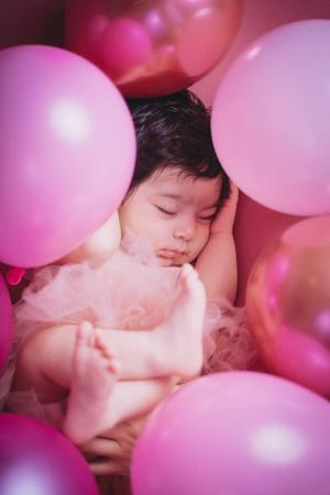 Фото №1 - Новорожденная девочка поразила врачей своей внешностью: фото