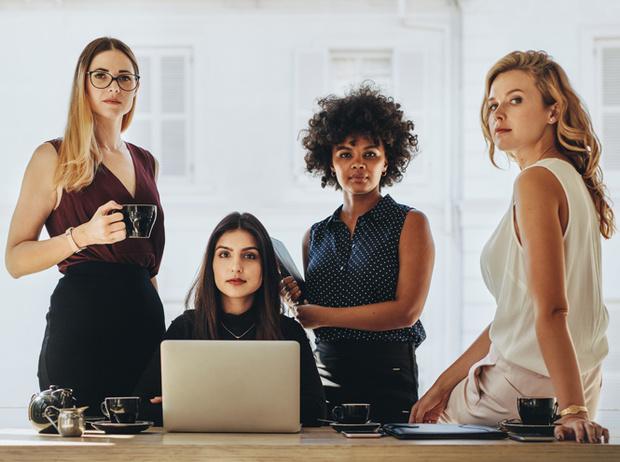 Фото №1 - Леди-босс: 5 самых вредных стереотипов о женщинах-руководителях