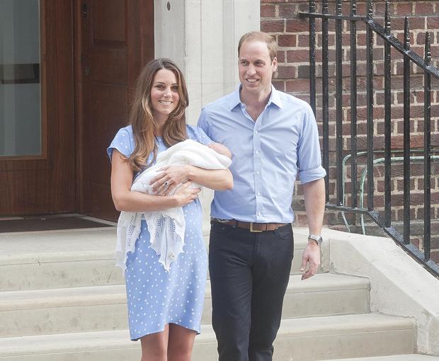 Фото №18 - Общий гардероб: 10 раз, когда Джордж, Шарлотта и Луи носили одежду друг друга