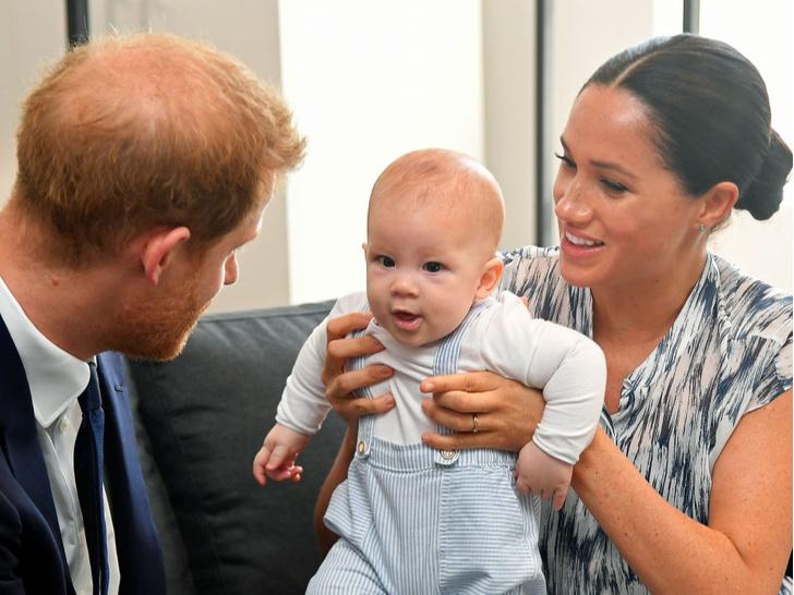 Фото №2 - Любимый дедушка: как Арчи Сассекский называет принца Чарльза