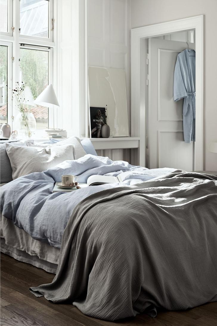 Фото №7 - Куда поставить кровать: 7 решений для спальни