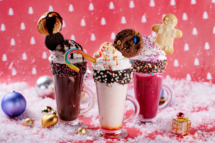 Фото №2 - 3 рецепта новогодних напитков, которые согреют в зимние морозы