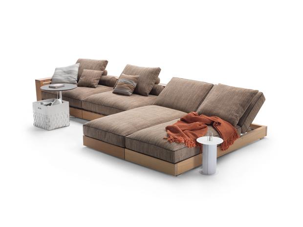 Фото №2 - Новая коллекция садовой мебели от Flexform