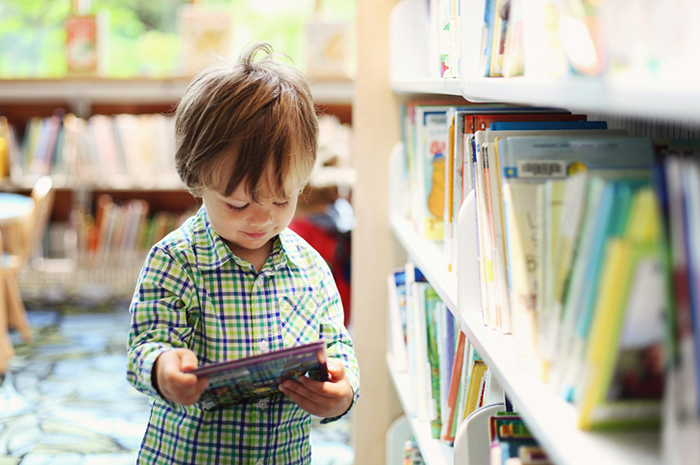 Фото №1 - 5 причин пойти с ребенком в библиотеку