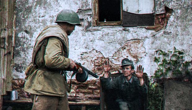 Фото №10 - 22 завораживающих цветных фото Второй мировой
